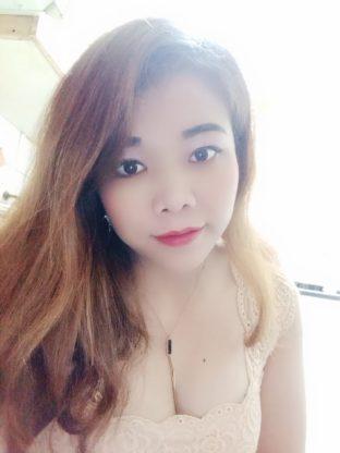 Emily_0522107545